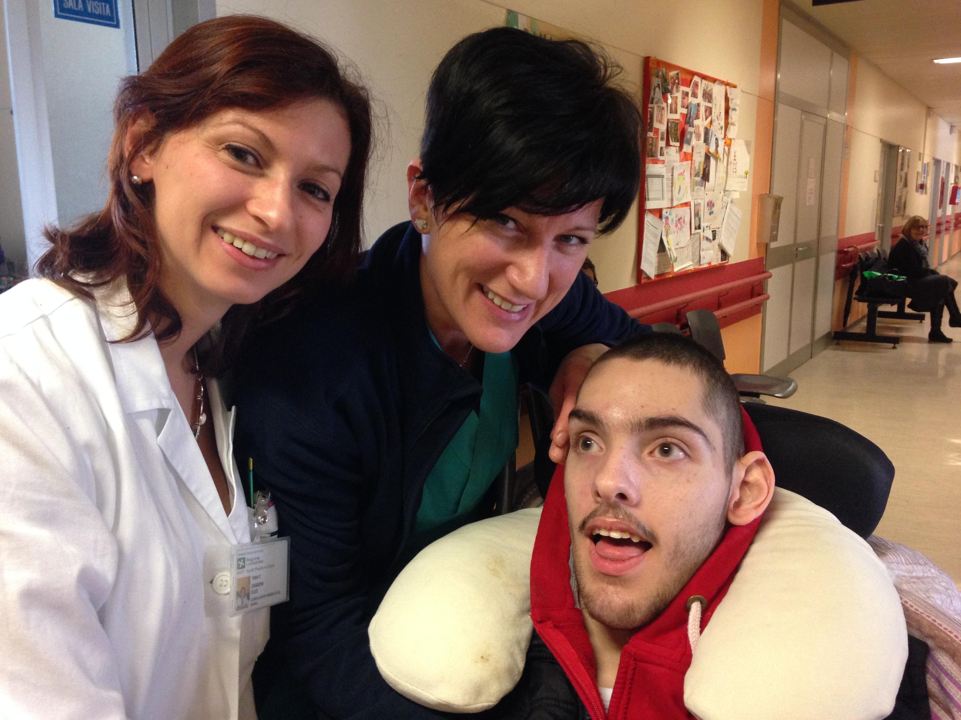 Volontariato con FMC in ospedale insieme a persone con disabilità